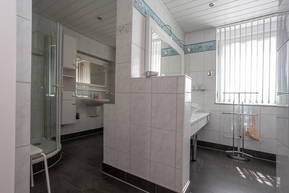 Apartment Erde - Bad
