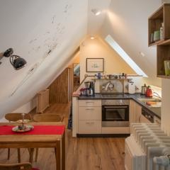 Apartment Himmel - Essecke - Küchenzeile